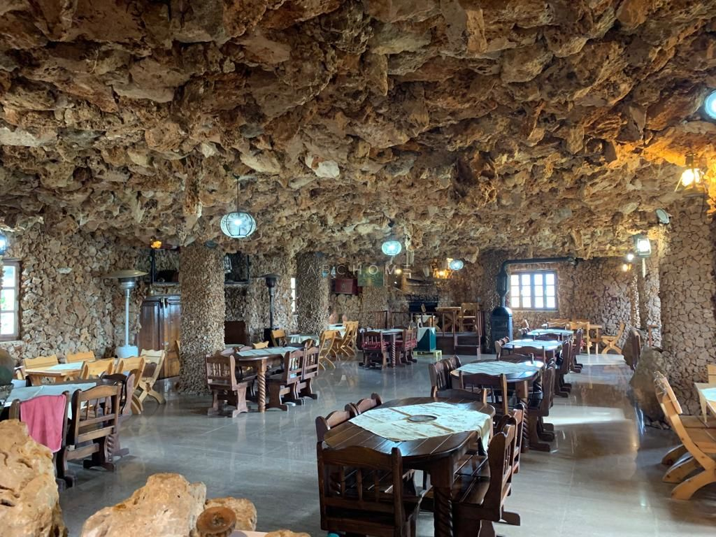 "Restaurant ""Small Castle""for sale, Vaqarr."