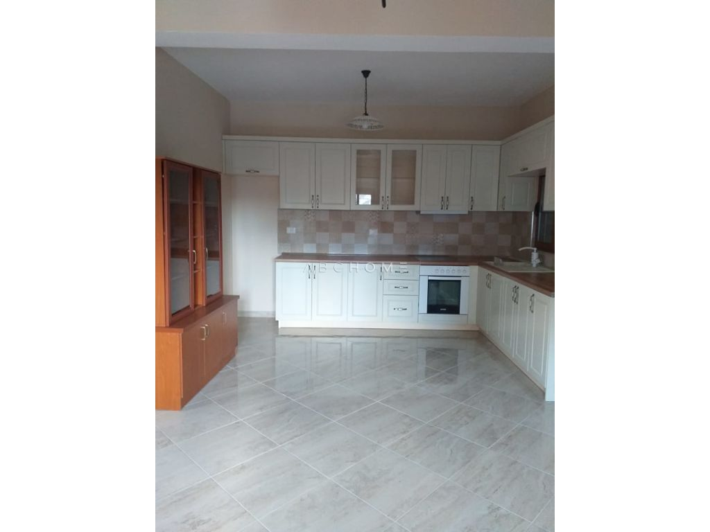 For rent the second floor of a villa , Zogu i Zi, Tirana.