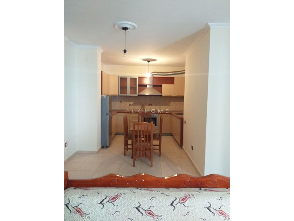 Apartment for sale 2 + 1, 5-Maji Street, Tirana.