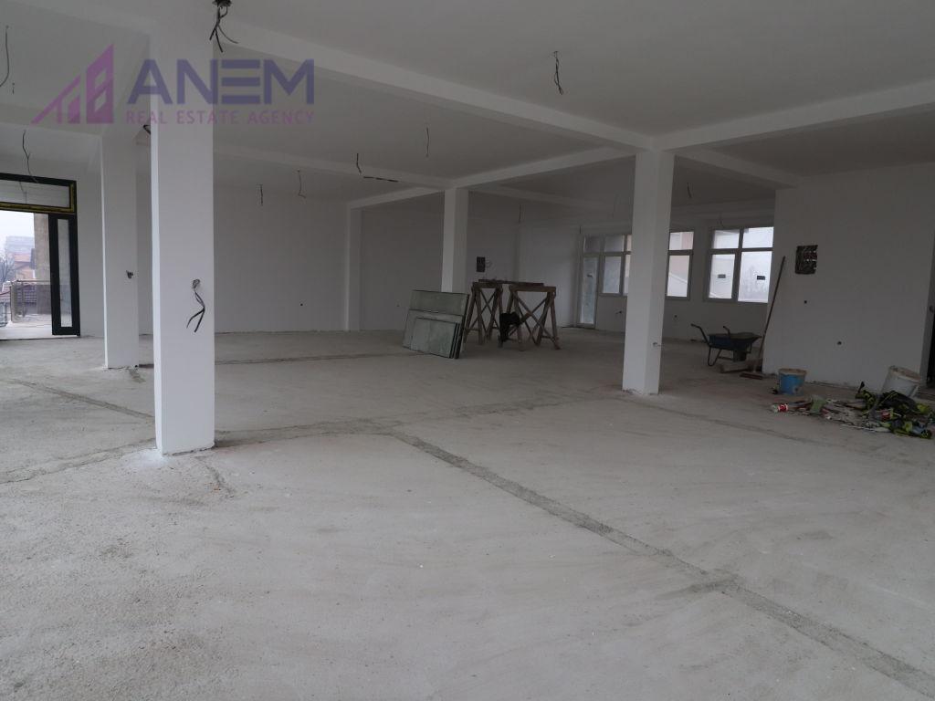 Objekt me qira ne Fushe Kosove7