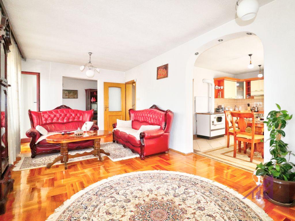 House for sale in Kolovica