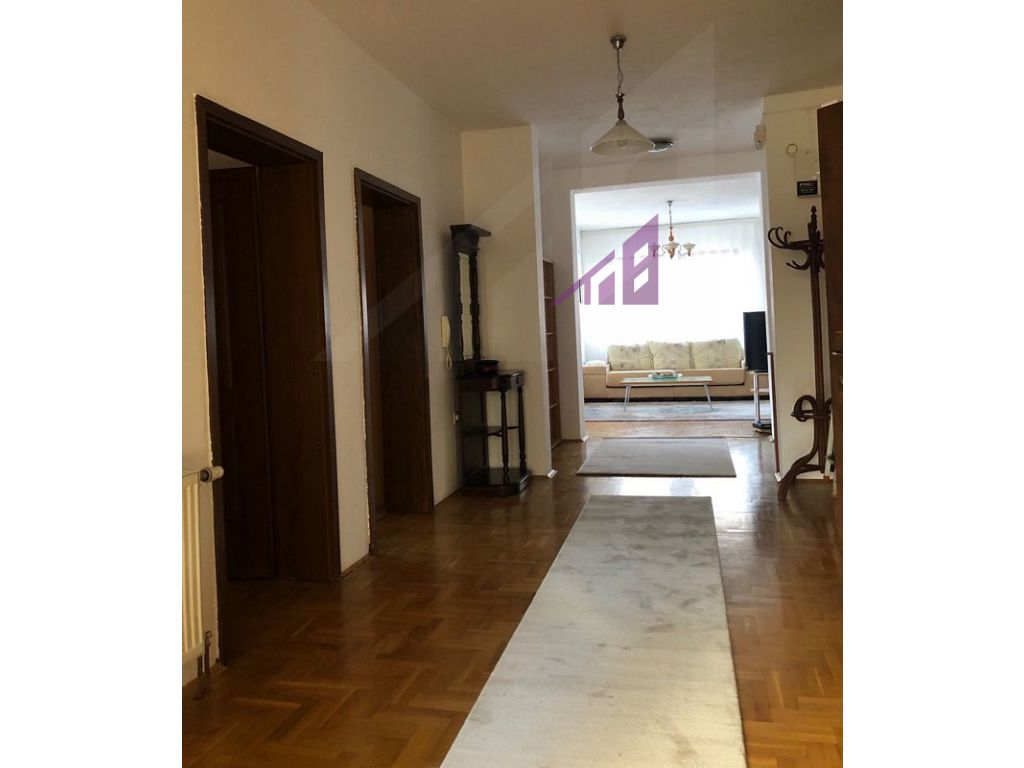 Apartament me qira ne Tophane3