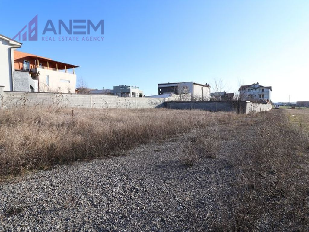 Land for sale in Qendresa neighborhood1