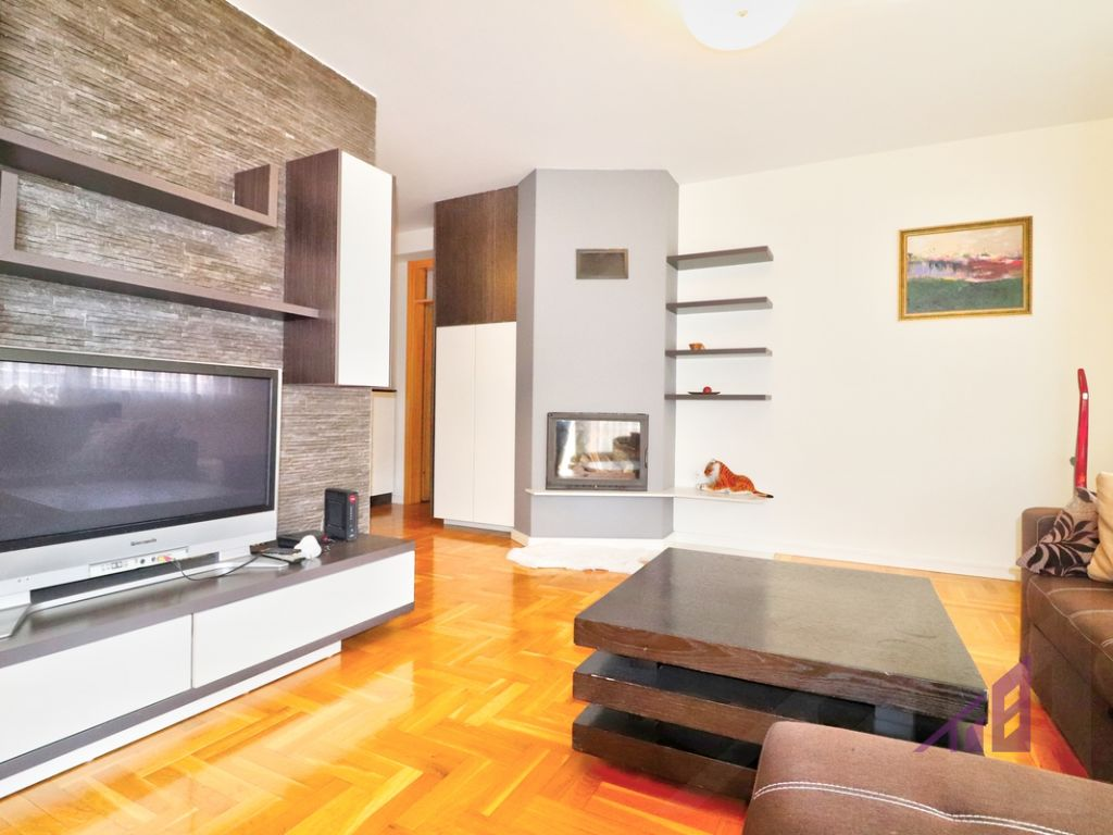Flat for sale in Calabria neighborhood7