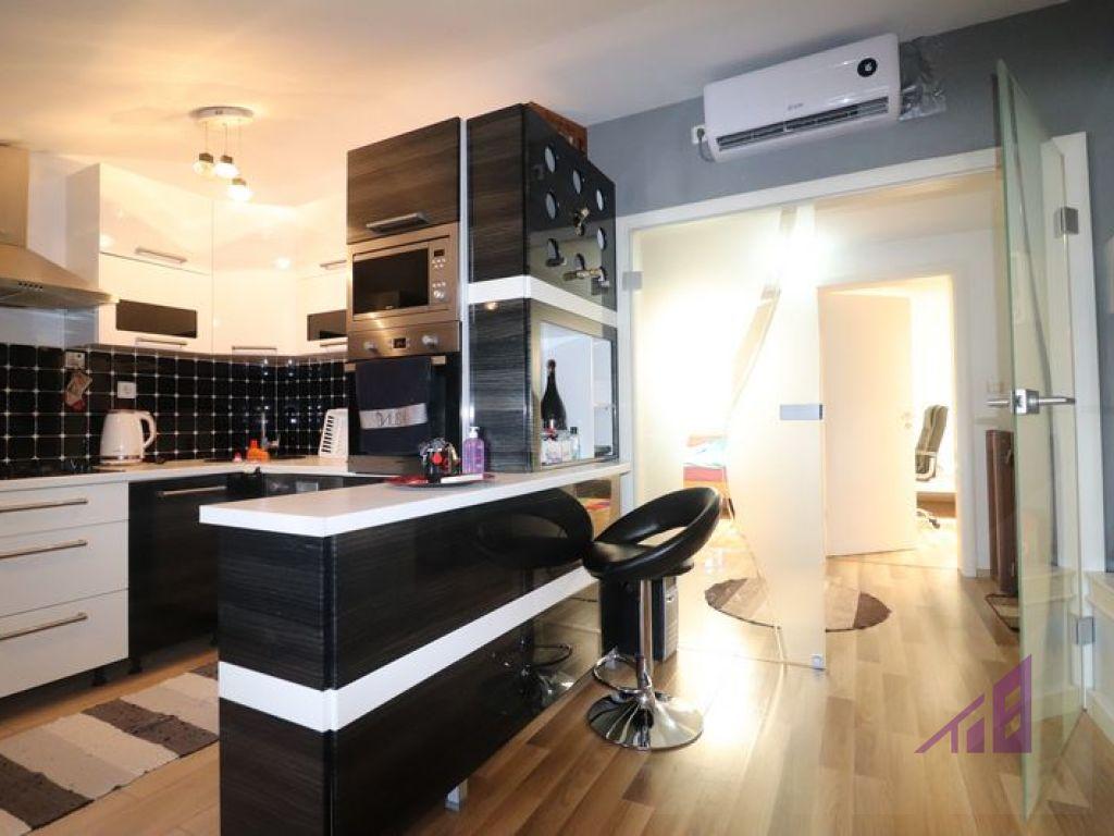 Banese - duplex 174m2 ne shitje ne Bregun e diellit