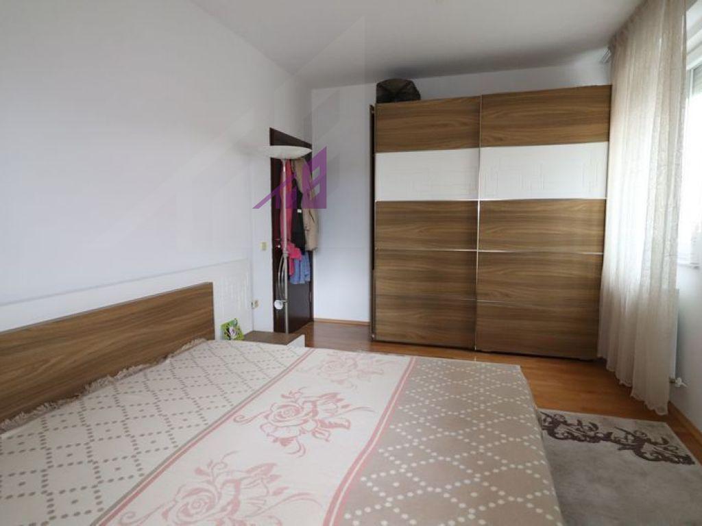Banese me qira me tri dhoma gjumi ne Mat5