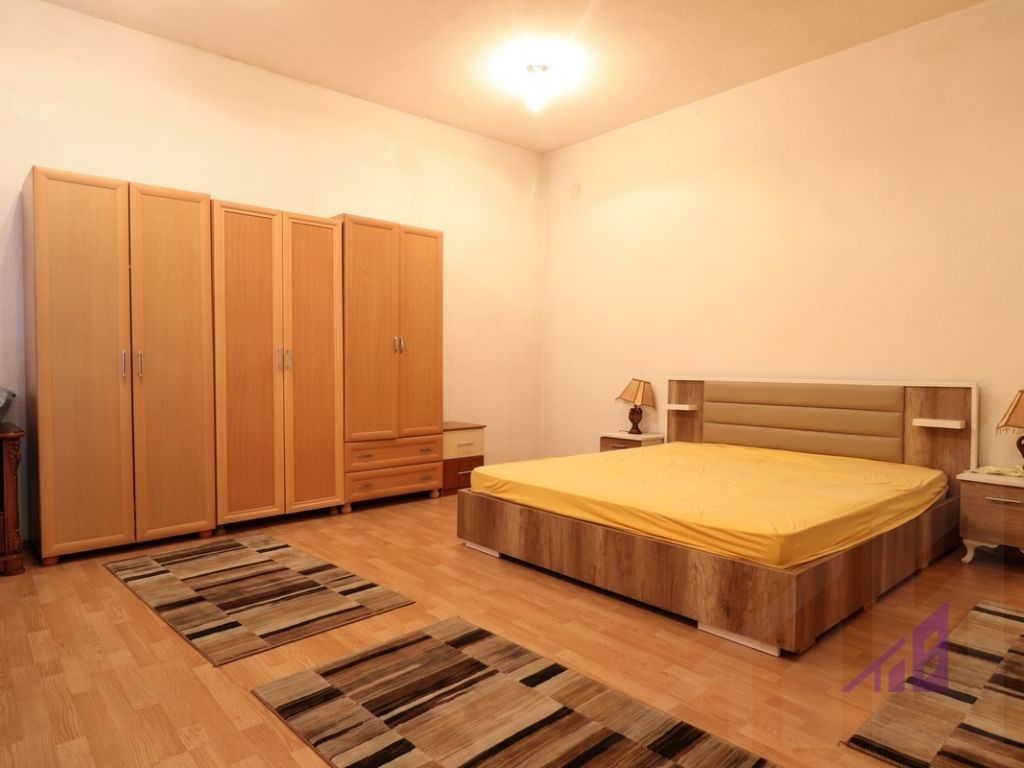 Apartment for rent in Arberia neighborhood1