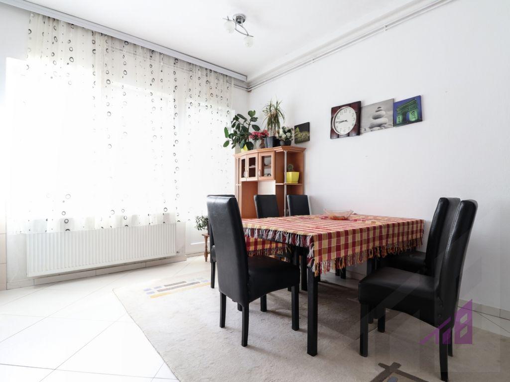 Apartment for rent in Arberia neighborhood3