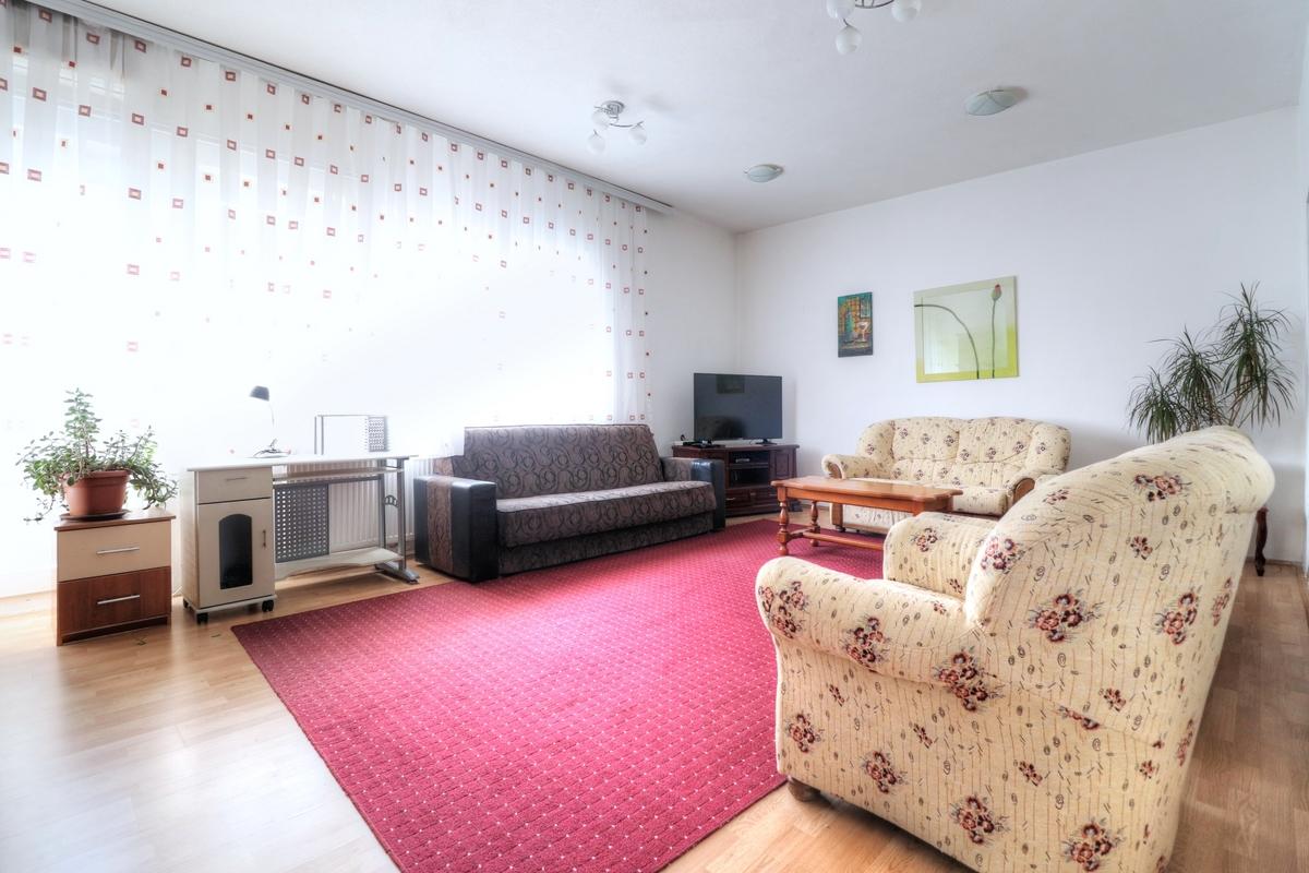 Apartment for rent in Arberia neighborhood0