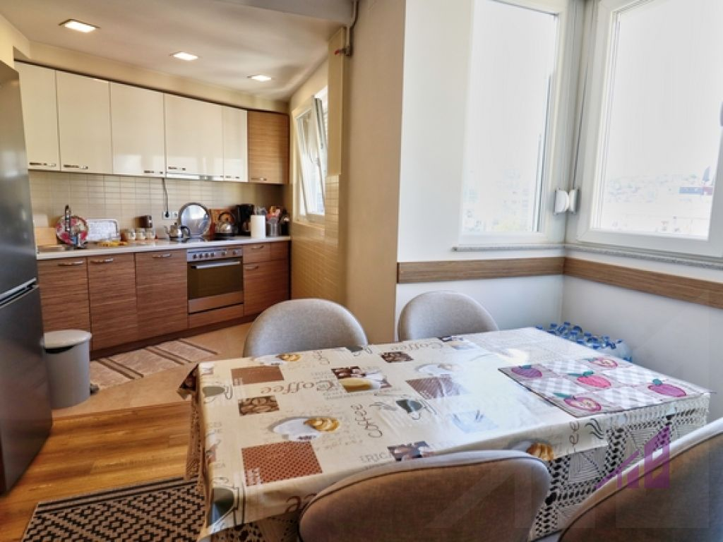 Apartment for sale in the center9
