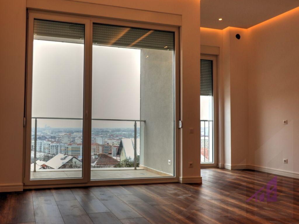 Banesë/Zyrë me qira 82.5 m² në kompleksin Prime City, Prishtina e Re