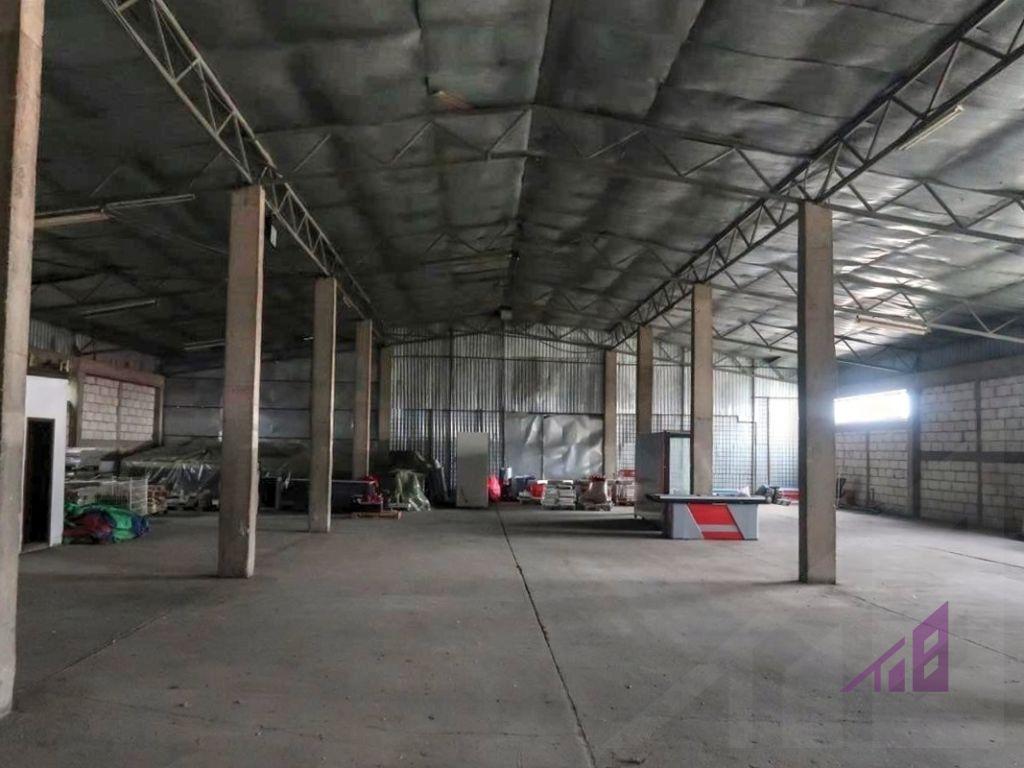 Depo me qira 770m2 ne zonen industriale afer Exclusive Group4