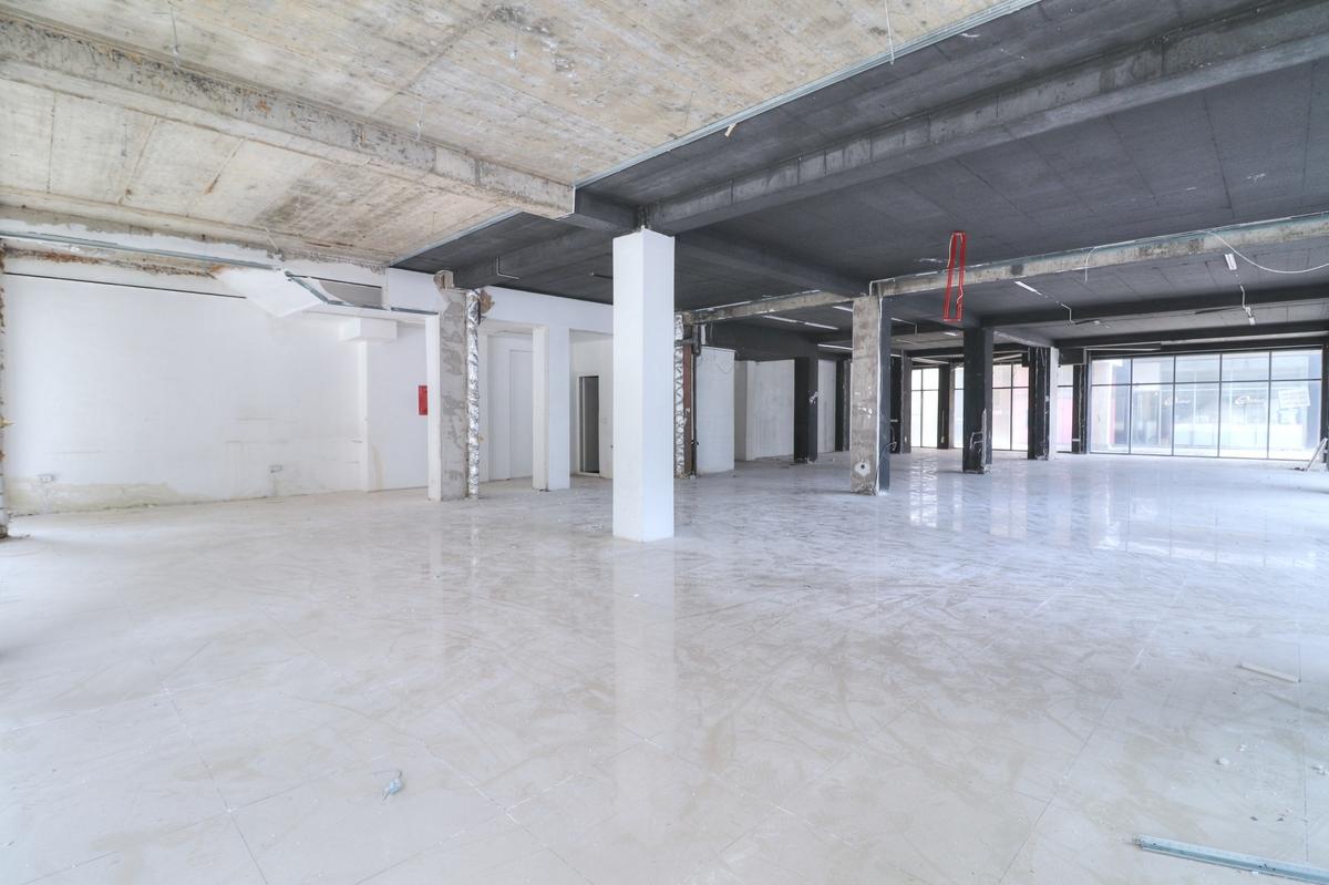 Lokal në shitje 290 m2 në lagjen Arbëria - Dragodan1