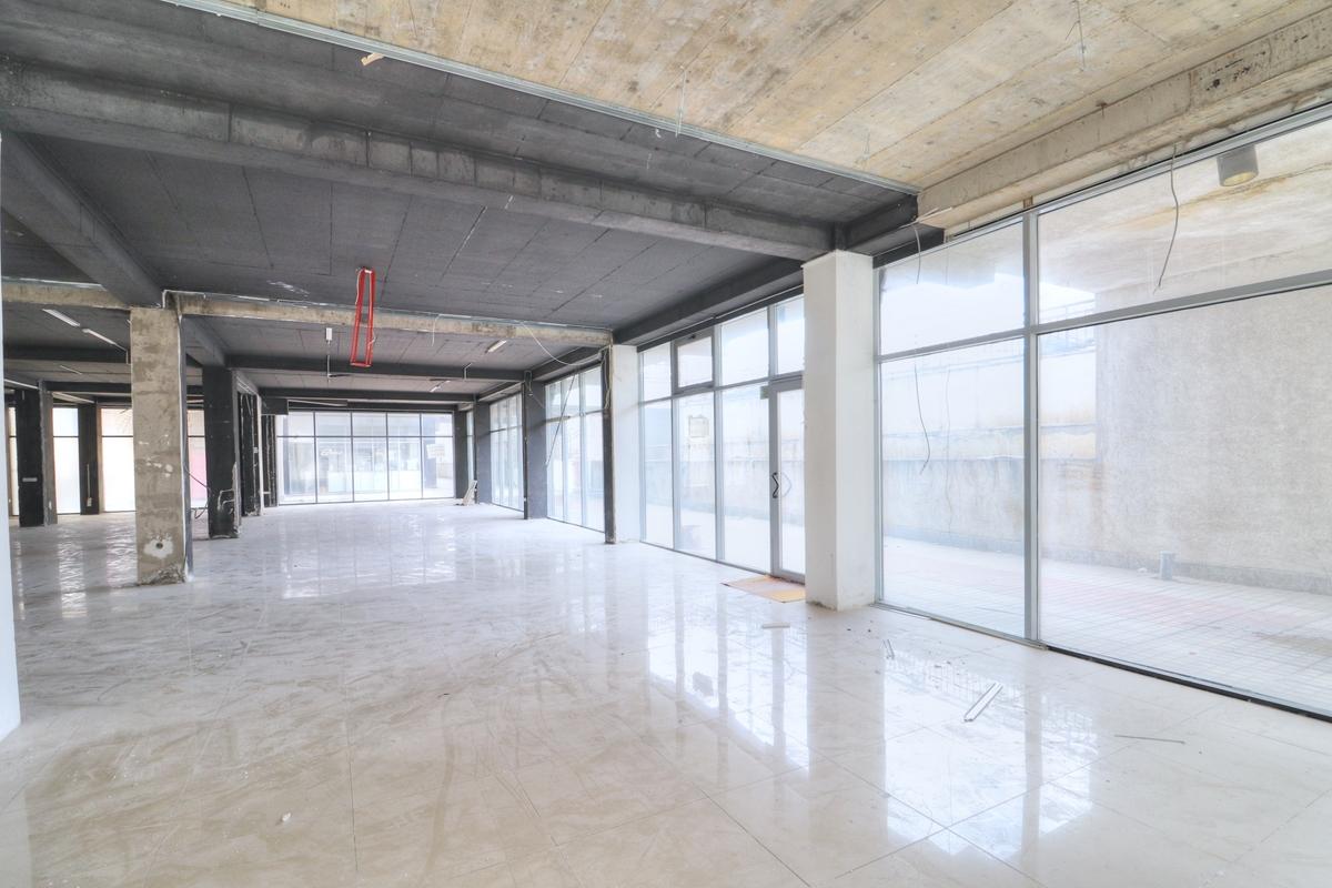 Lokal në shitje 290 m2 në lagjen Arbëria - Dragodan2