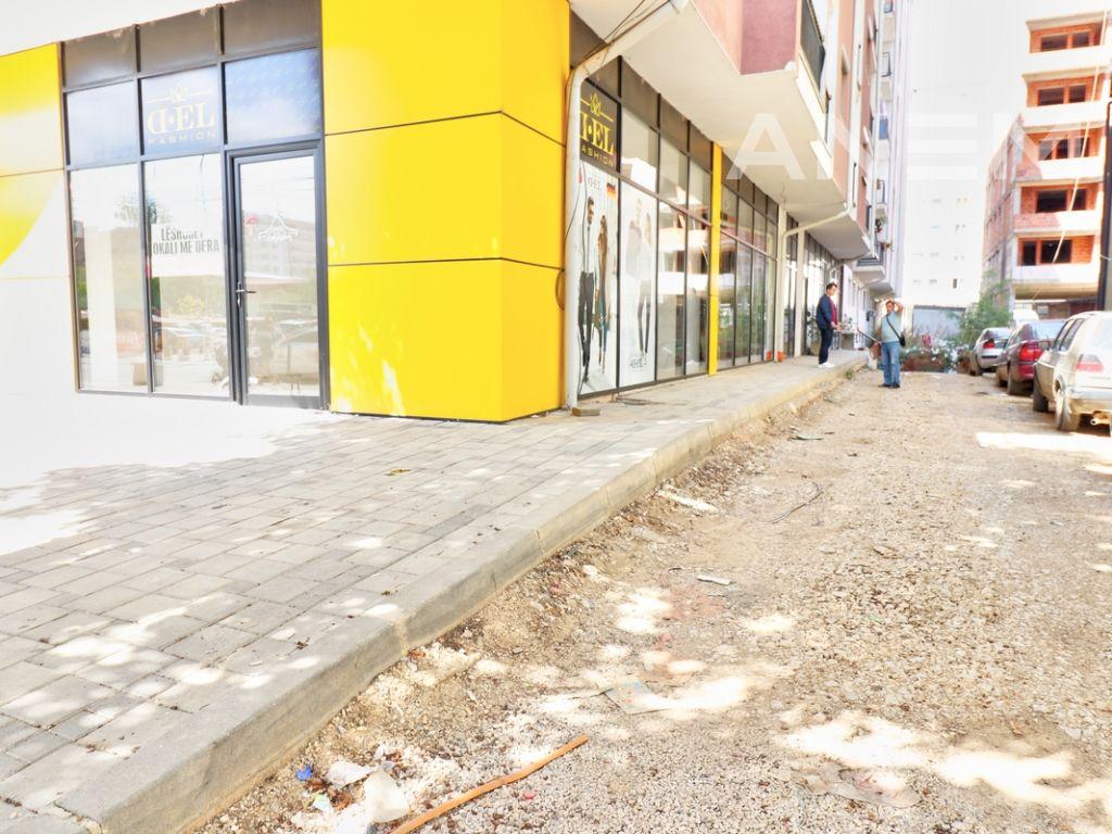 Lokal me qira 87+70m2 ne rrugen Dardania- Fushe Kosove5