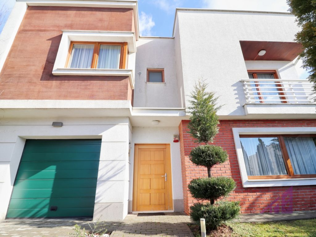 Shitet shtepia ne Marigona Residence nga 370.000 ne 320.000 euro.