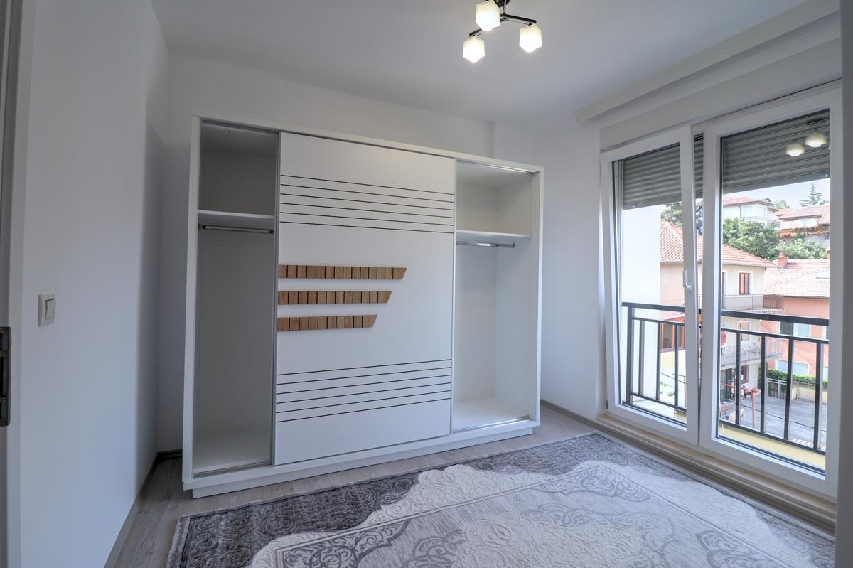Banesë me qira me 3 dhoma gjumi ne lagjen Arbëria - Dragodan6