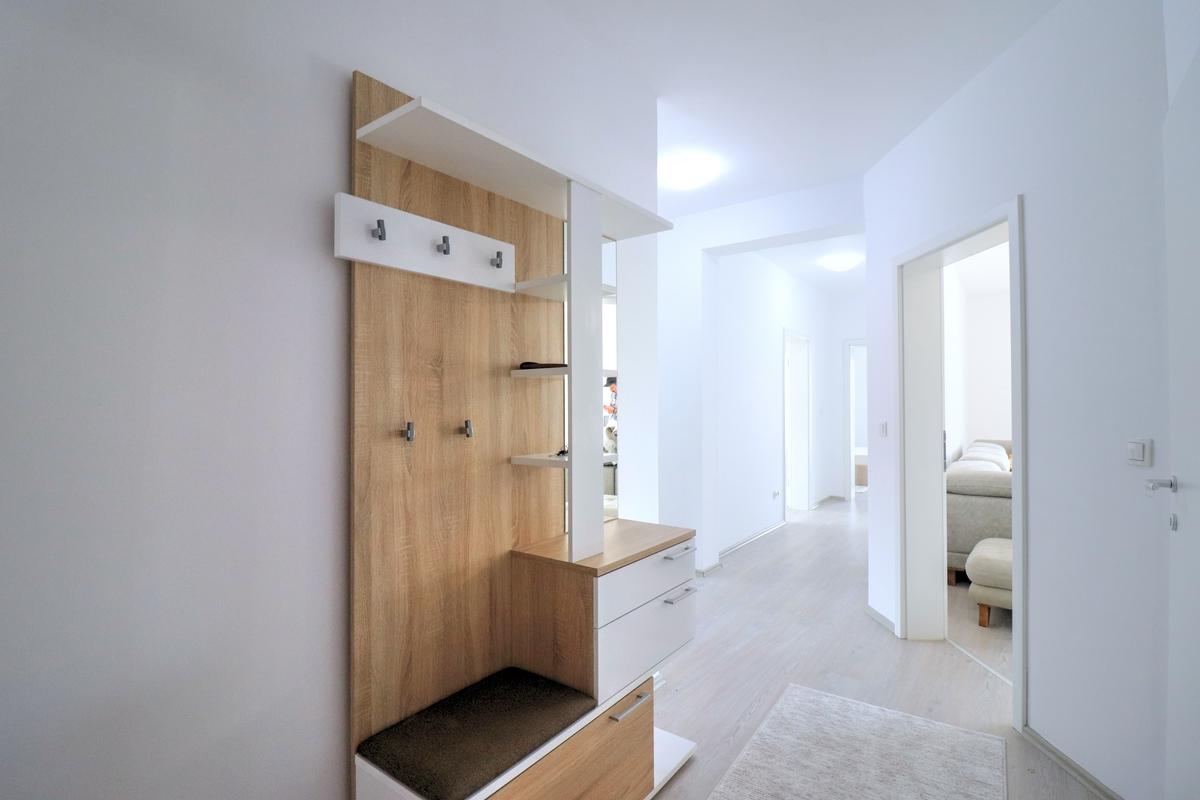 Banesë me qira me 3 dhoma gjumi ne lagjen Arbëria - Dragodan9