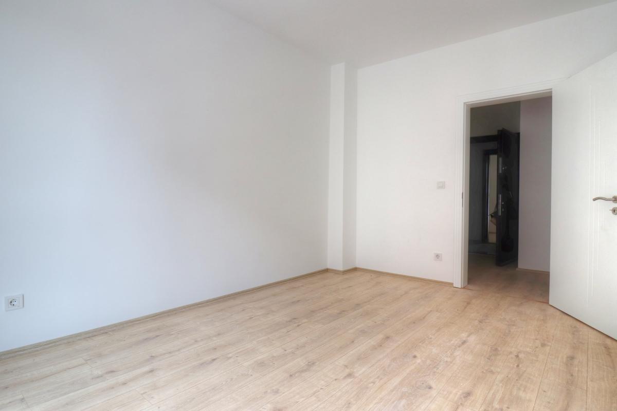 Banesë në shitje 86 m2 te Prishtina e re3