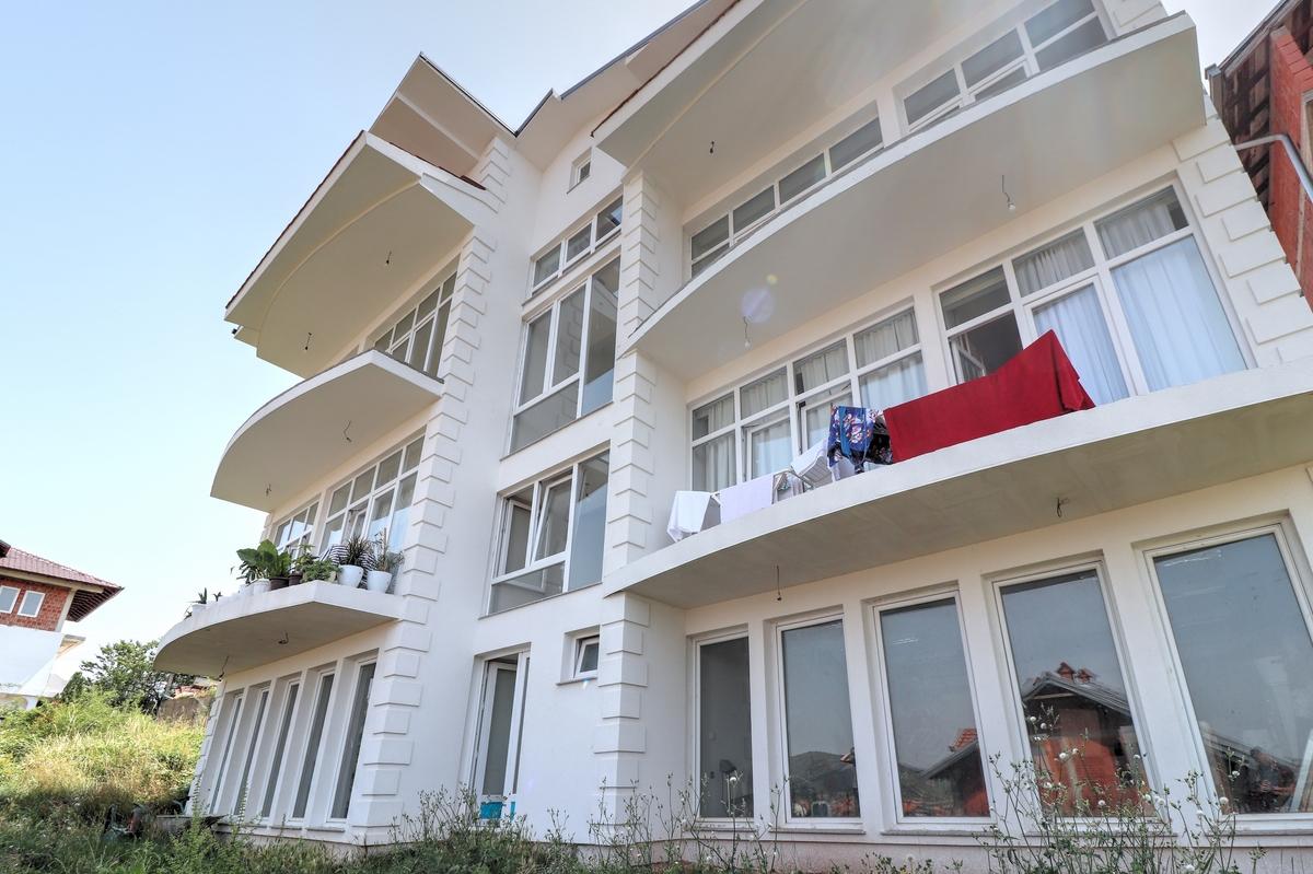 Objekt në shitje 800m2 në Kolovicë0