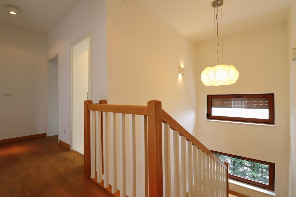 Shtepi me qira ne Marigona Residence13