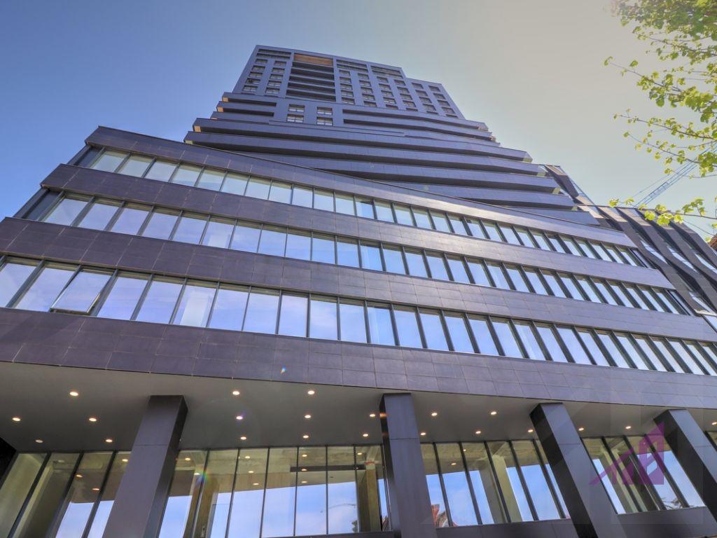 Zyrë me qira 415m2 në Arting në lagjen Lakrishtë