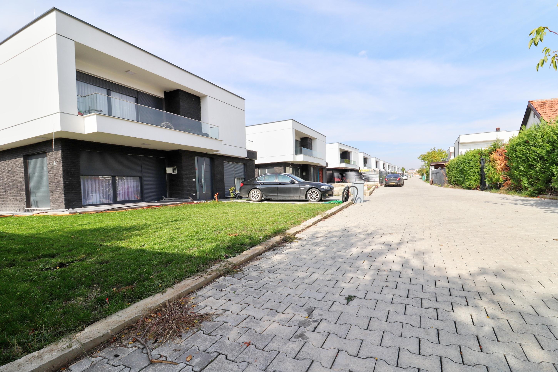 Shtëpi në shitje 215m2 në lagjen Hana – Çagllavicë