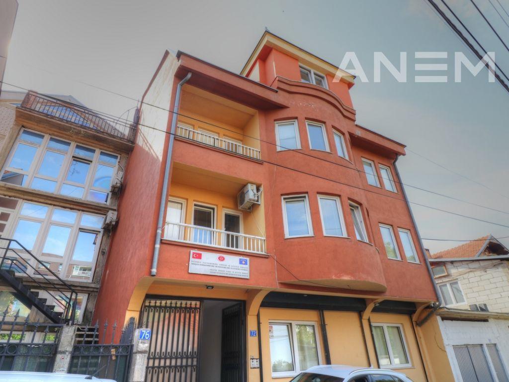Shtëpi ne shitje 430m2 ne lagjën Dodona