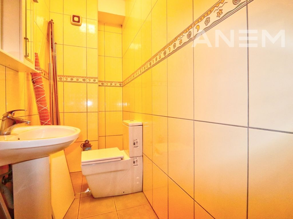 150m2 apartment for rent in Peyton1