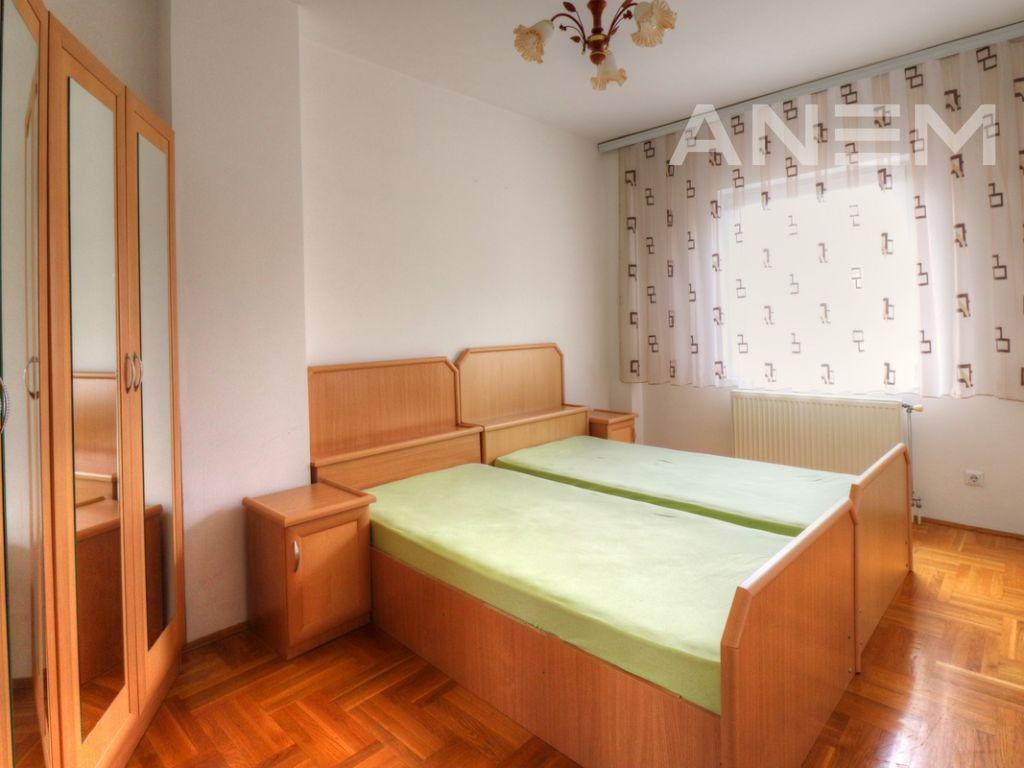 Banesë me qira me 2 dhoma gjumi në Pejton2
