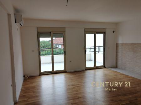 Na prodaju jednosoban stan u centru Tivta
