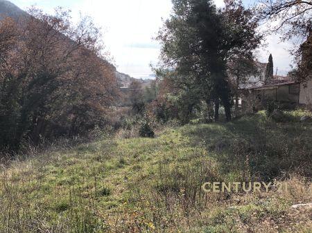 Prodaje se urbanizovano zemljište u Budvi