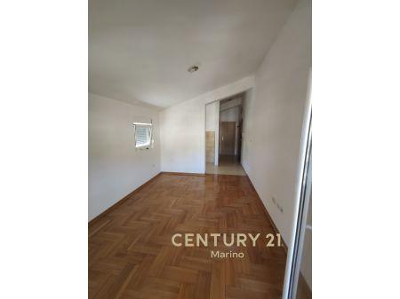 Povoljno! Prodaje se jednosoban stan u Budvi 39m2/53,000 eura! Novogradnja