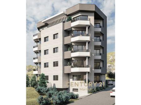 Na prodaju stan sa morem u novom kompleksu u Bečićima!