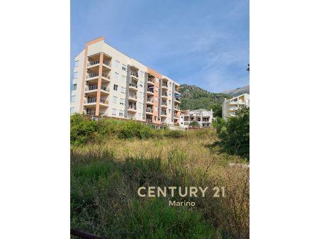 Prodaje se urbanizovani plac u Budvi!