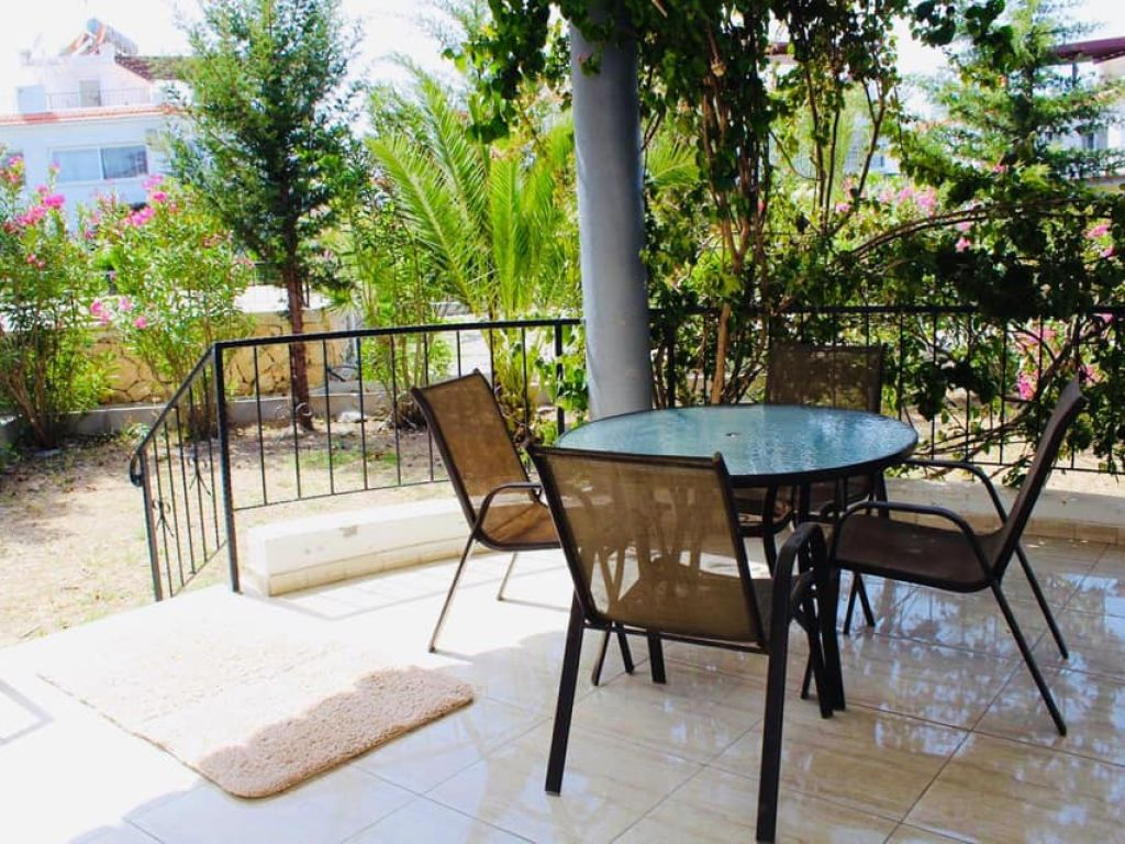 3+1 apartment for sale in Kyrenia, Lapta