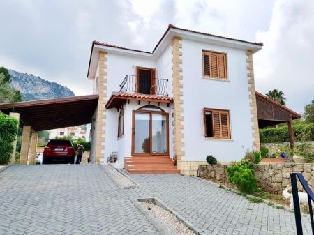 3+1 villa for sale in Kyrenia, Catalkoy