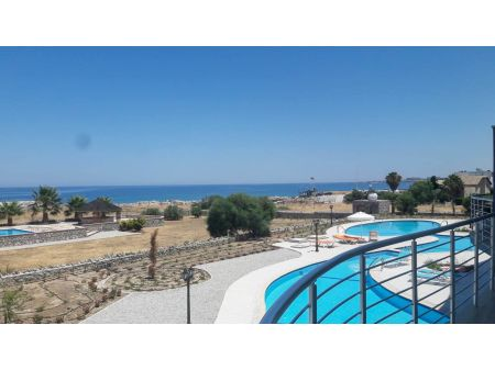 1+1 apartment for sale in Kyrenia, Lapta