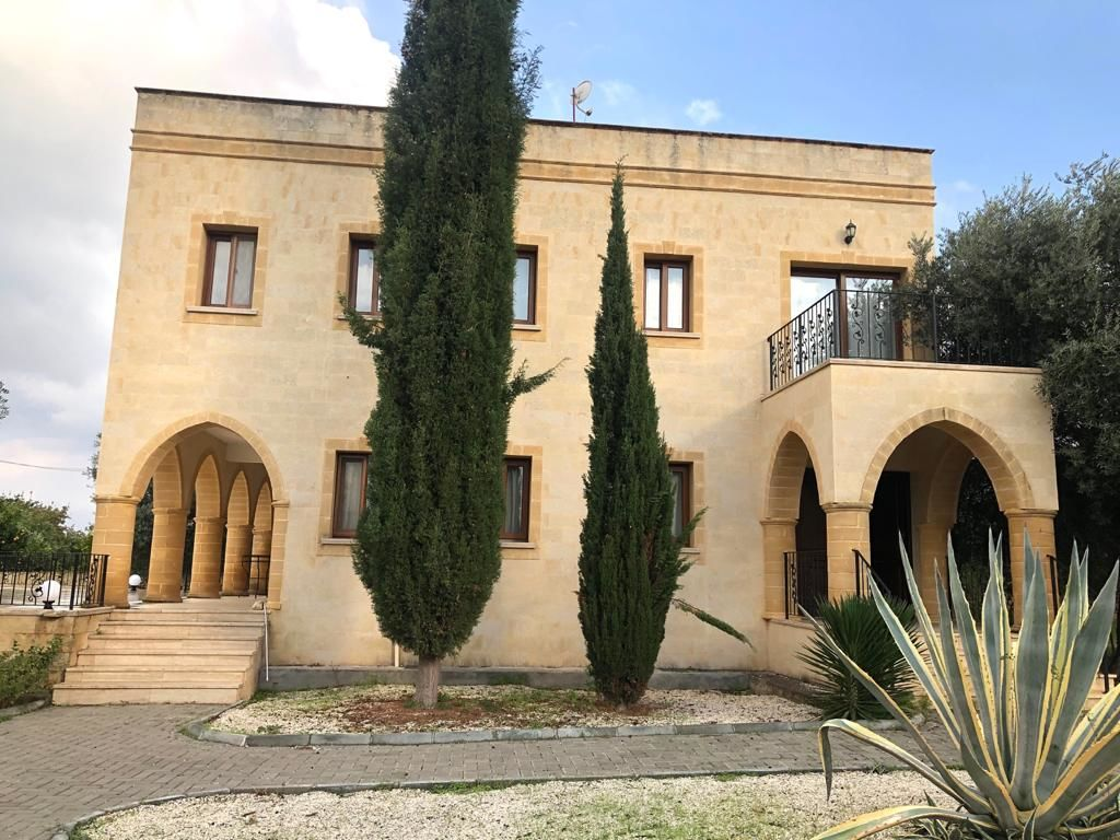 3+1 villa for rent in Kyrenia, Catalkoy