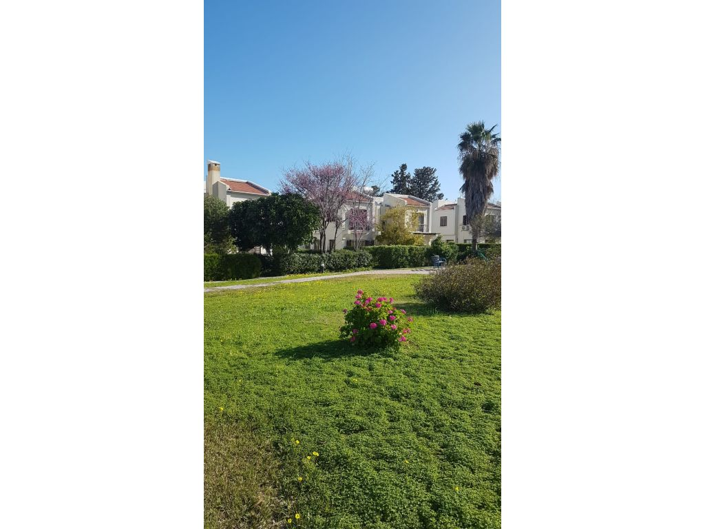 2 + 1 duplex semi-detached house for rent in Kyrenia, Karaoglanoglu