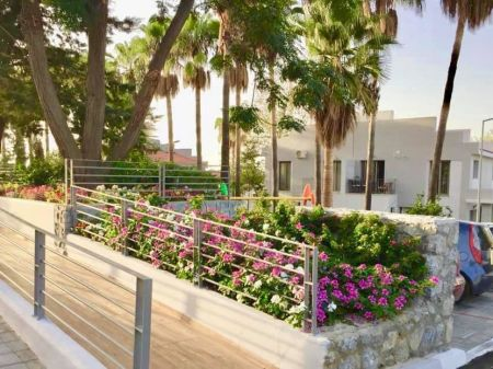 2+1 Apartment for Sale in Kyrenia, Alsancak