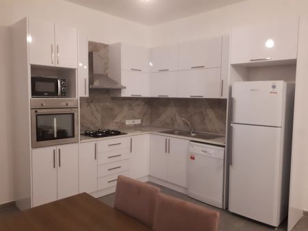 2+1 apartment for rent in Kyrenia, Zeytinlik