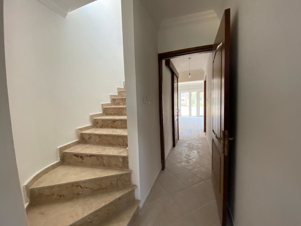 3+2 penthouse apartment for sale in Kyrenia Center