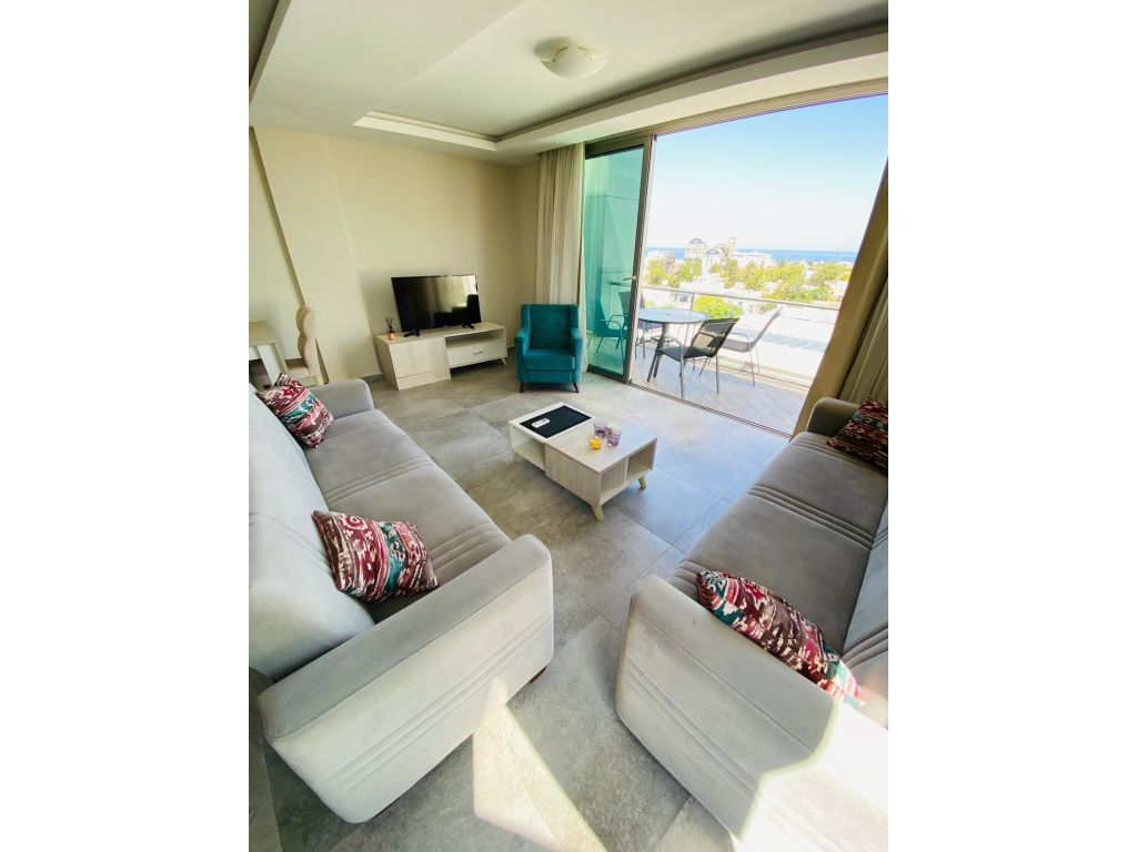 2+1 penthouse apartment for rent in Kyrenia Center