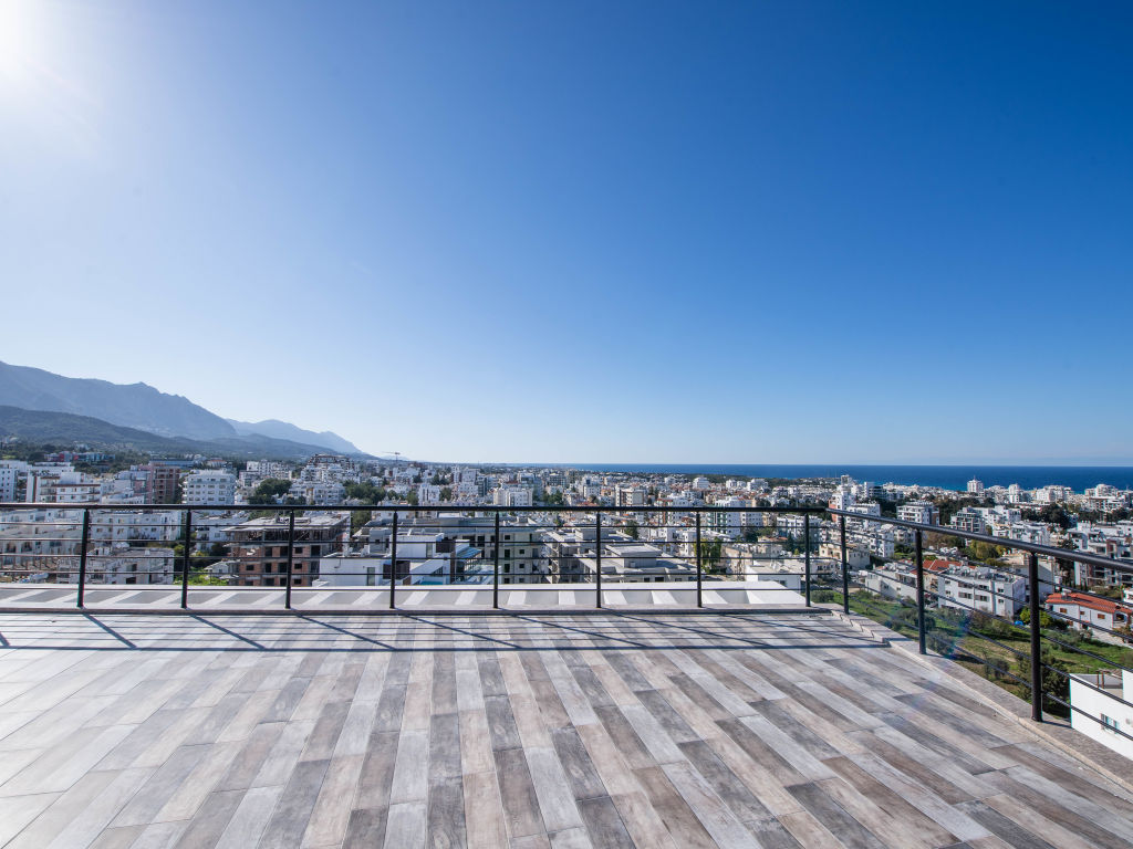 Studio for sale in Kyrenia center