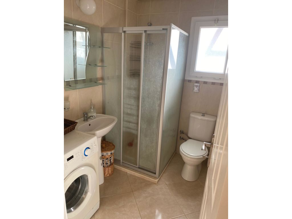 1+1 penthouse apartment for rent in Kyrenia Center