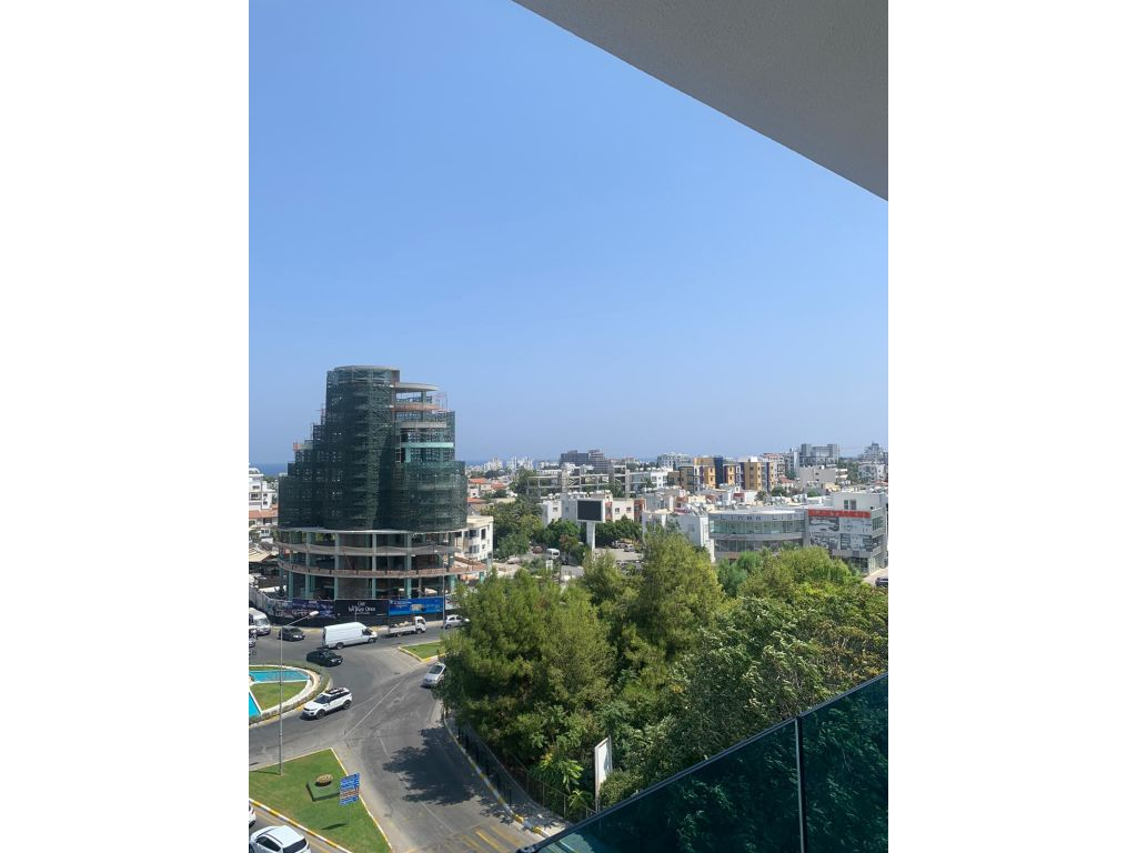 2+1 apartment for rent in Kyrenia Center