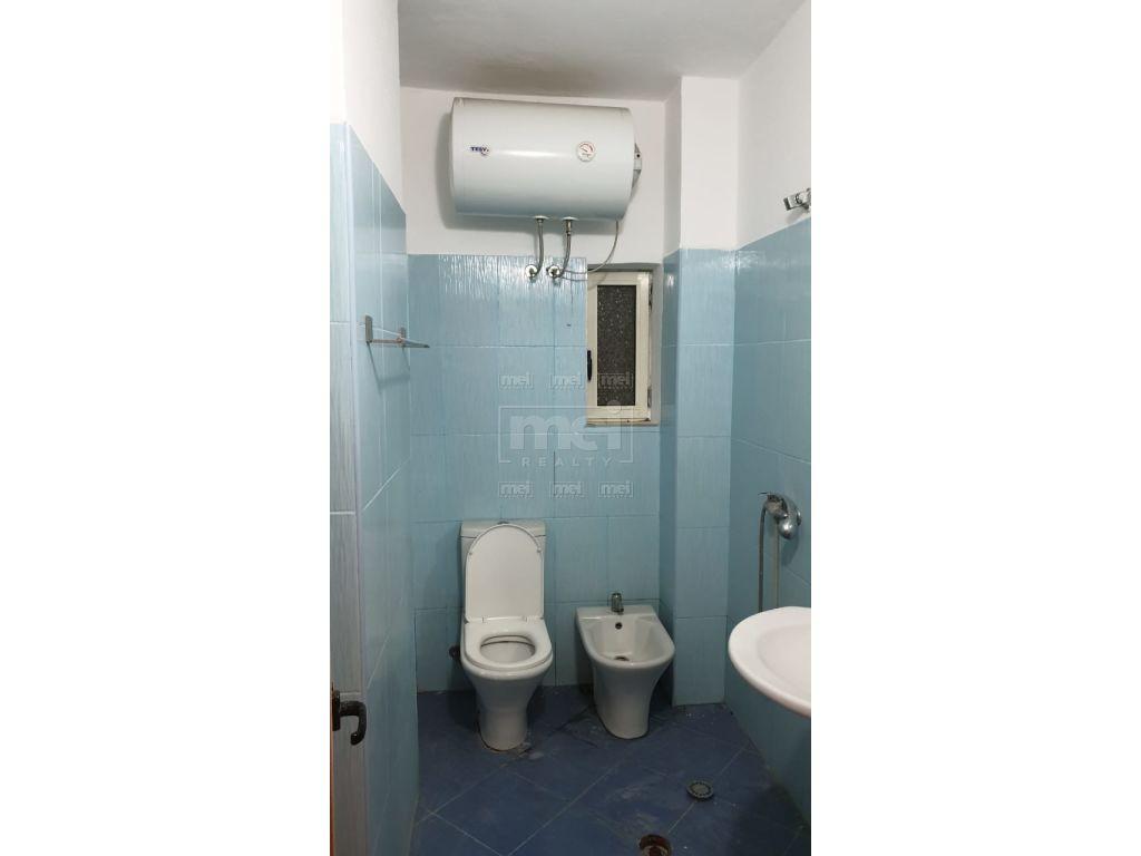 """Shitet Apartament  te kopshti """"Sotir Noka"""""""