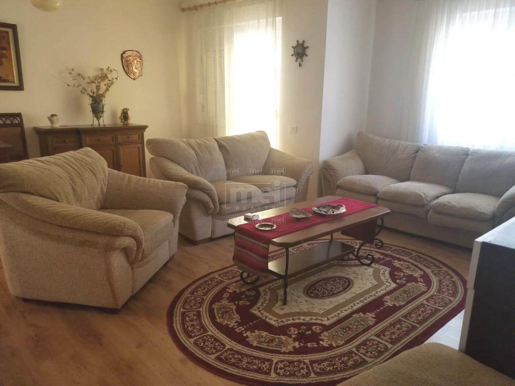 Don Bosko, shitet apartament 1+1+A+BLK, Kati 2, 63 m²