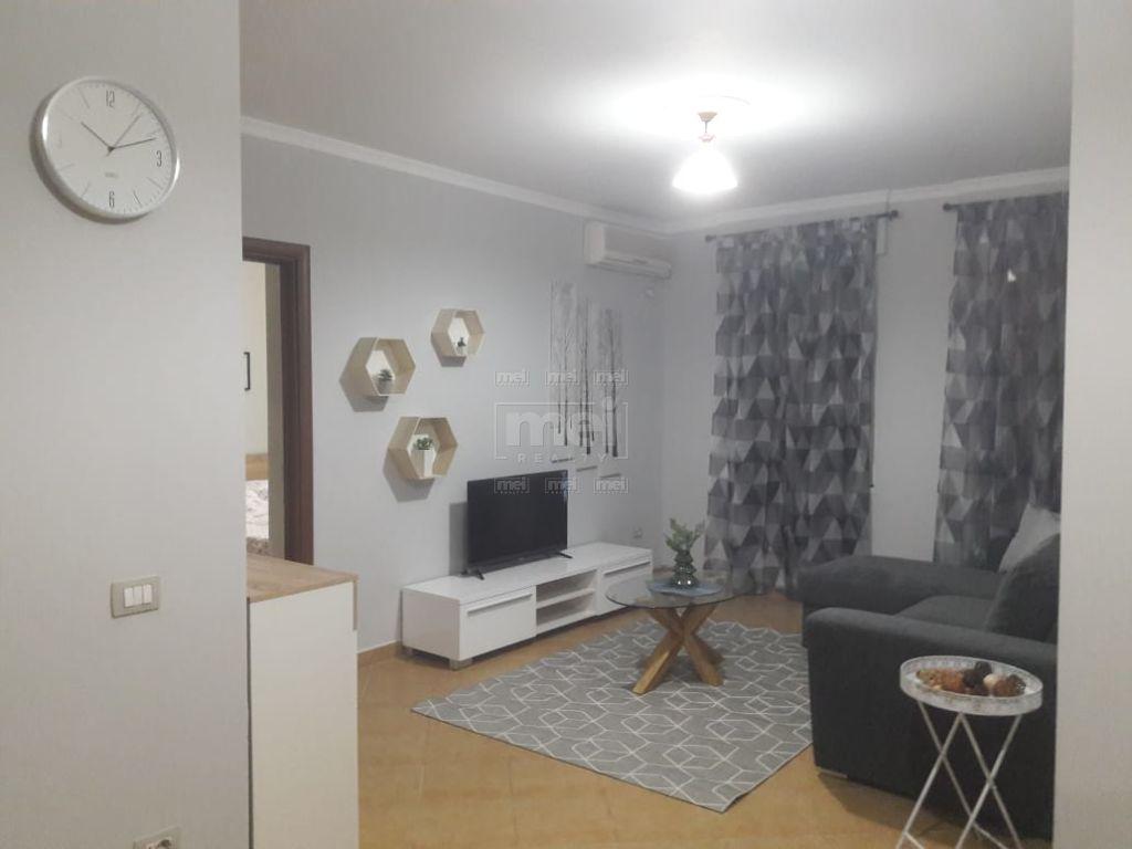 Apartament 1+1  per qira ne Don Bosko